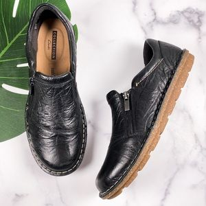 Clarks CushionSoft Black Leather Comfort Loafers